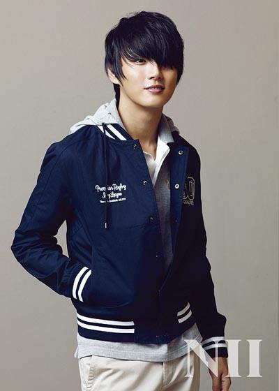 تقرير الممثل الصاعد Yoon Yoon