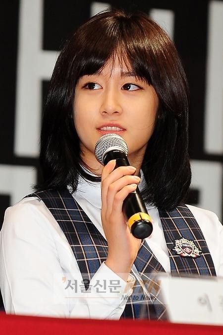 Kan mi yeon dating moon hee jun alone 10
