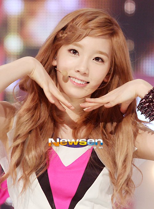 netizens select girls u0026 39  generation u0026 39 s taeyeon as most ideal vocal coach