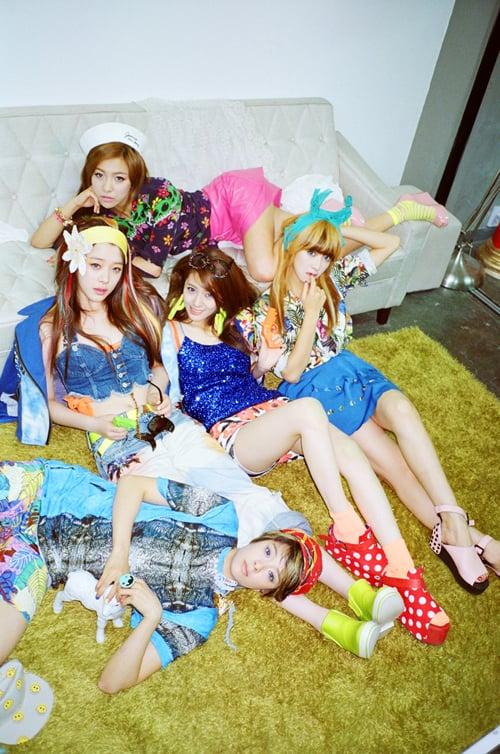 f x  s   Electric Shock   MV  F(x) Electric Shock Album Cover