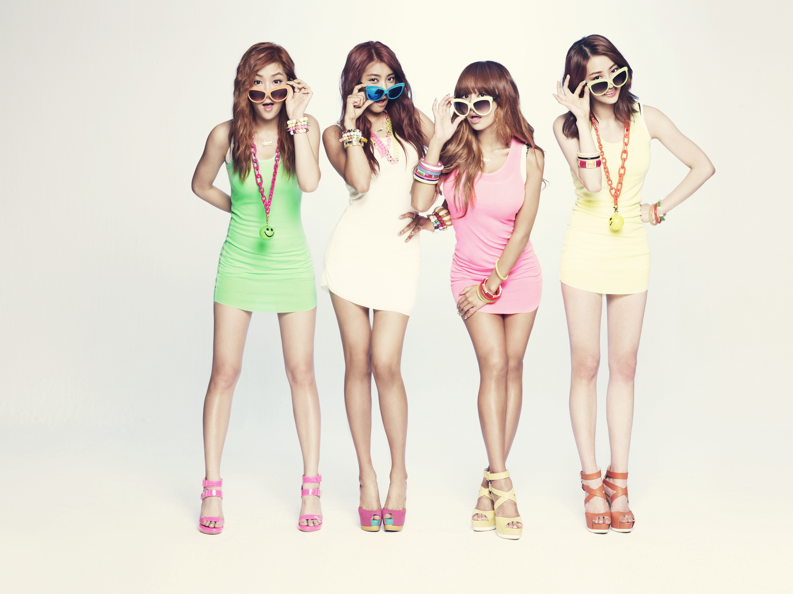 Sistar Achieves An All Kill With Quot Loving U Quot Allkpop Com