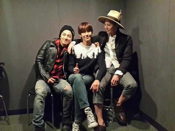 ZE:A's Kwanghee, Big Bang's G-Dragon and Taeyang form the '88 line