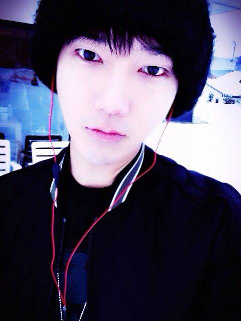 Yesung Black Hair