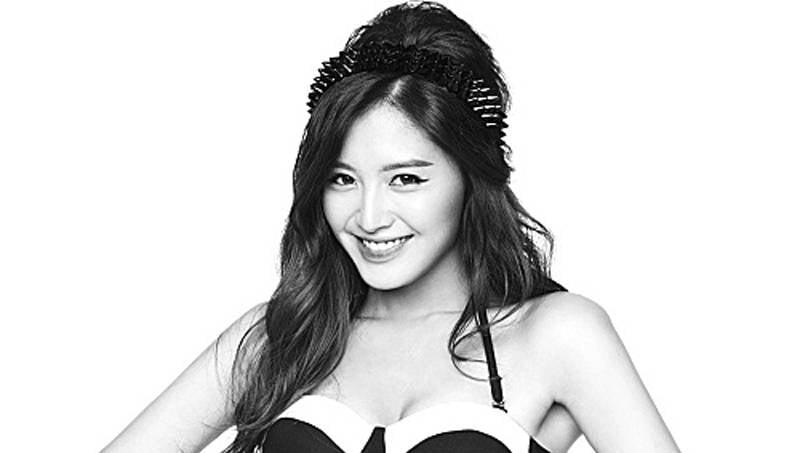 Rainbow's Jaekyung is awed by Yoo In Na's waistline | allkpop
