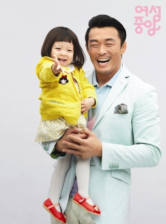 choo sung hoon and choo sarang are a happy family for the