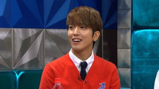 CNBLUE's Yonghwa reveals a very popular female idol asked him for his number