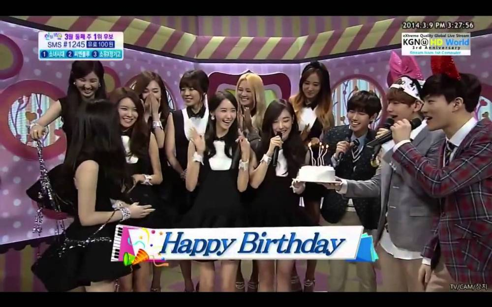 'Inkigayo' surprises Girl's Generation's Taeyeon with a birthday celebration on air