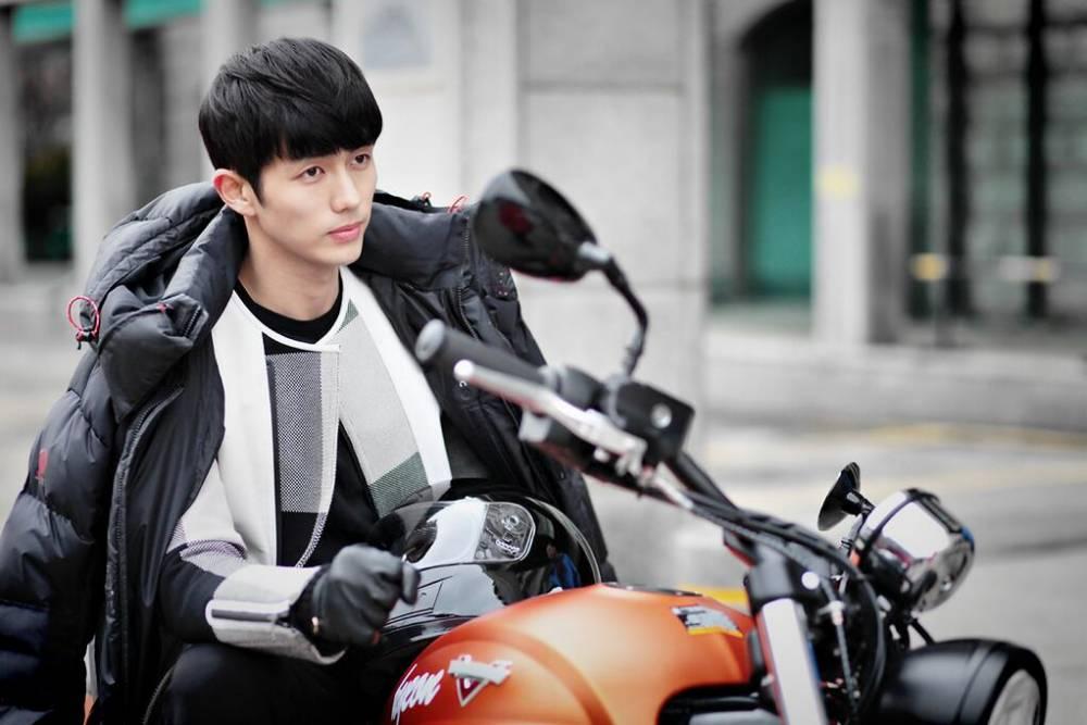 2AM's Seulong is a hot biker in still cuts for 'Hotel King ...