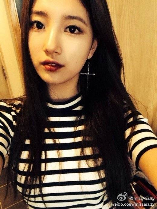suzy looks sweet even while going for a sexy look