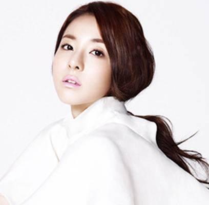 2NE1,Dara