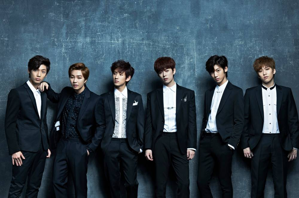 boyfriend teases comeback with new photo and member