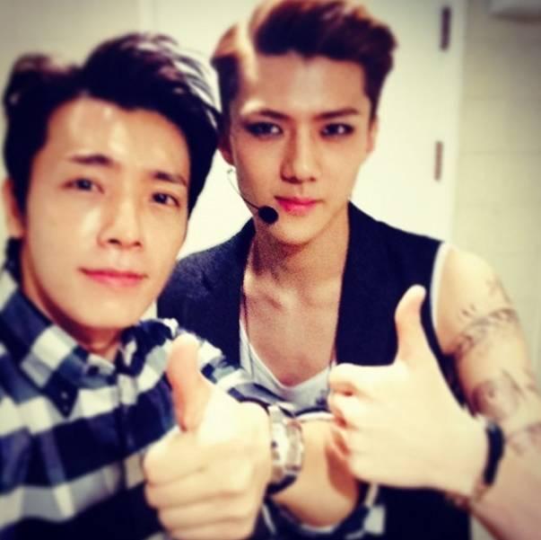 លទ្ធផលរូបភាពសម្រាប់ sehun & donghae