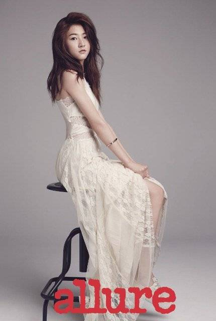 kim sae ron looks all grown up in allure korea pictorial