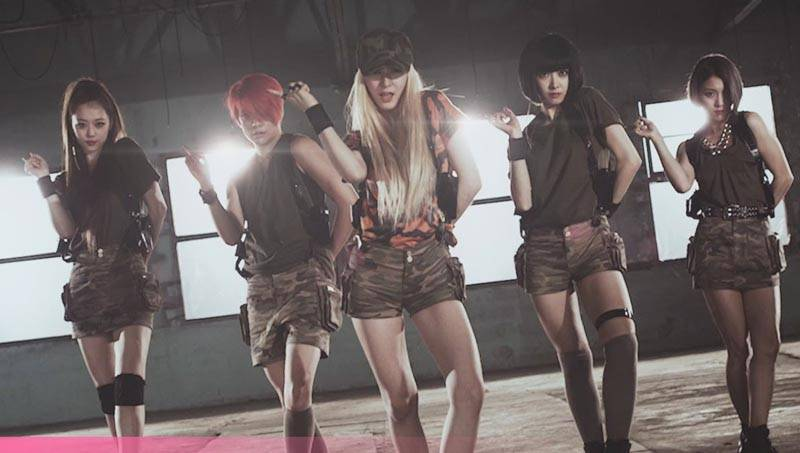 f(x)'s 'Red Light' MV surpasses 1 million views in less ... F(x) Sulli 2014 Red Light