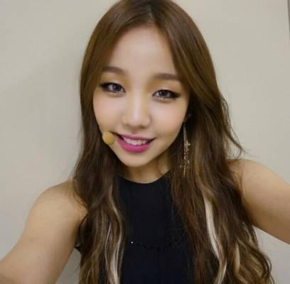 baek-ah-yeon