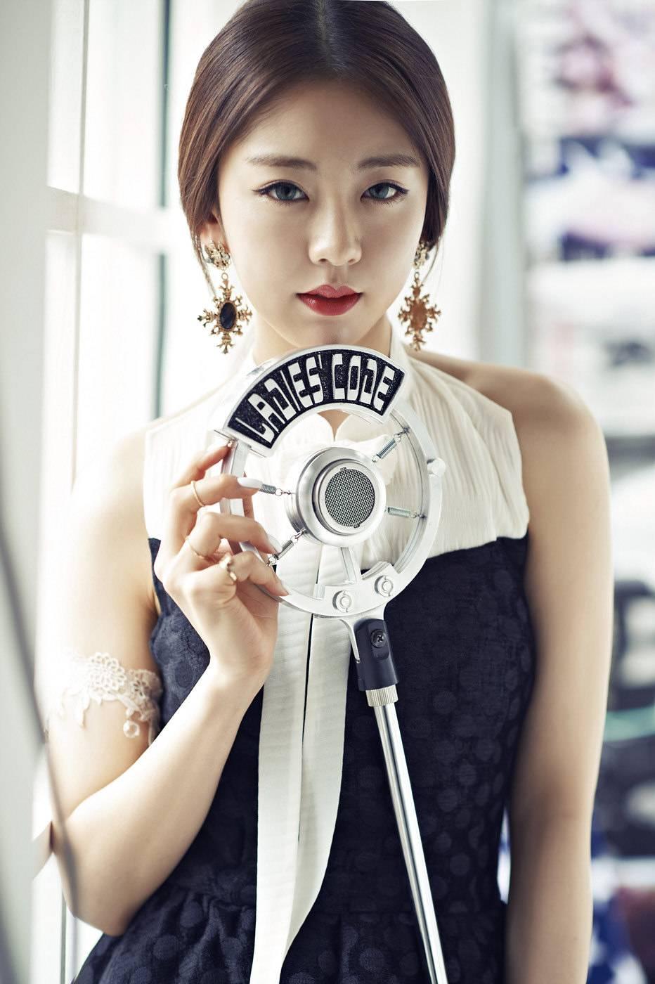 2AM, Changmin, 4minute, , Sohyun, Brown Eyed Girls, Narsha, Chocolat, Tia, Girl