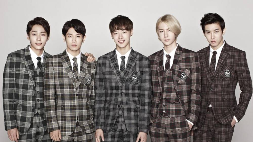 UNIQ : Member Profile + Falling in Love MV