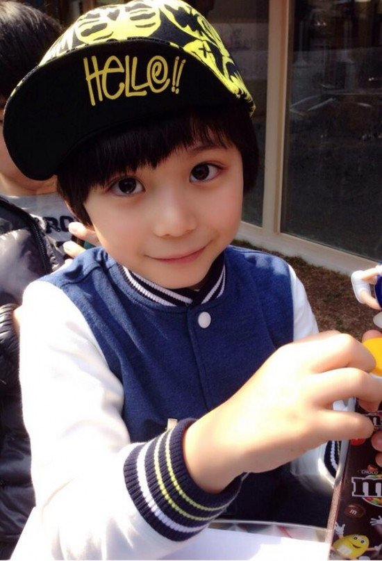 Aww 14 Adorable HalfKorean Children allkpopcomKorean Toddler