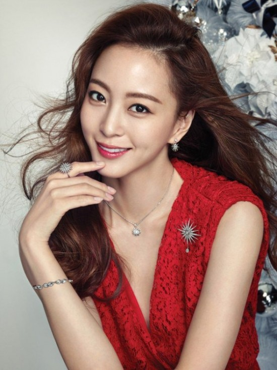 han ye seul displays her classic beauty dressed in party