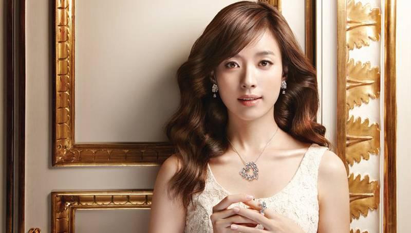 Han Hyo Joo Queen Han Hyo Joo to Play a Gisaeng