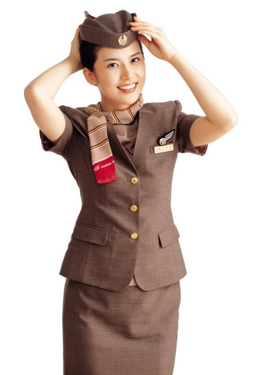 Eye candy celebrities you 39 d want in your flight crew for Korean air cabin crew requirements