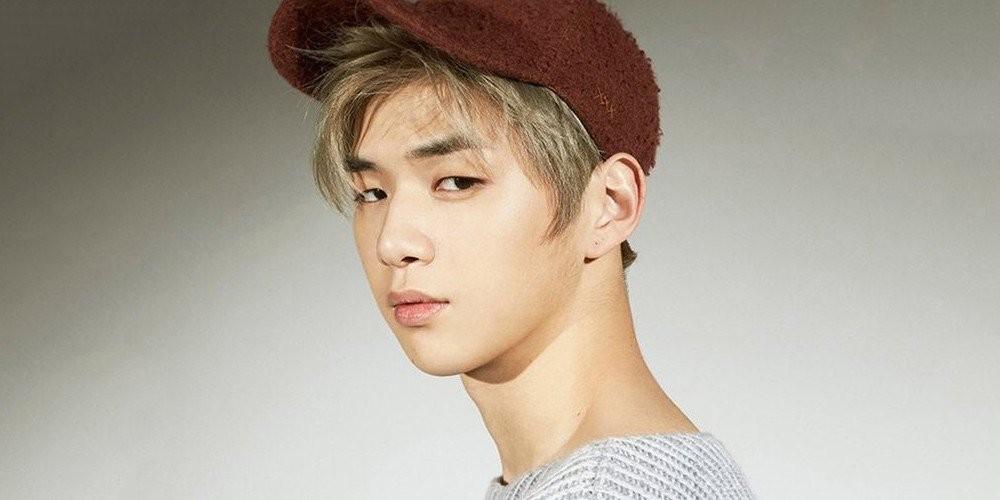 Fans respond to rumors of wanna ones kang daniel making his solo wanna onekang danielong seong wu stopboris Images