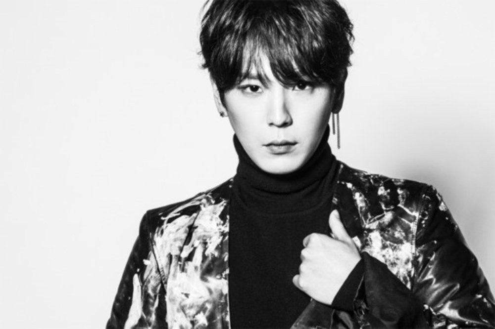 Himchan gives a look in teaser image for B.A.P's 'Massive ...