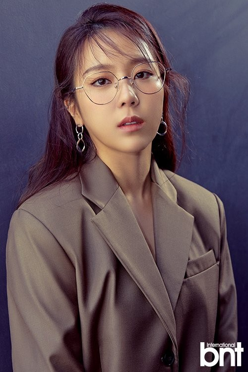 Yewon talks about former on-screen husband Henry + why she's