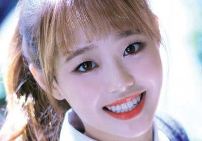 loona,yves,chuu,go-won,olivia-hye,yyxy-youth-youth-by-young