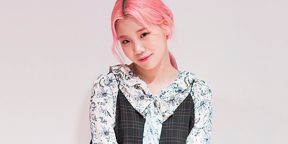 Three Netizens Leaving Hate Comments About Momoland S Jooe Booked