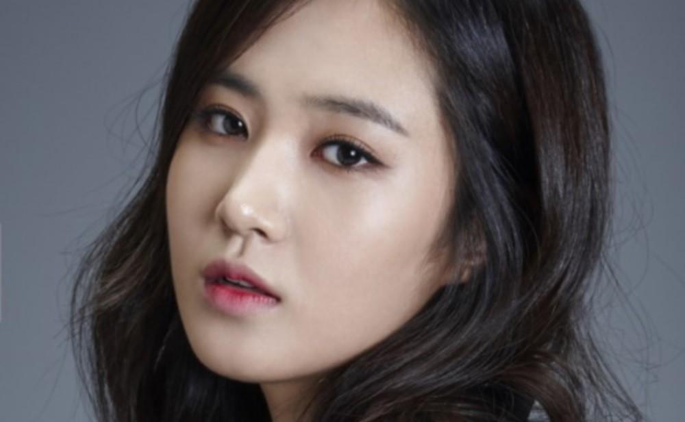 Girls-Generation,Yuri