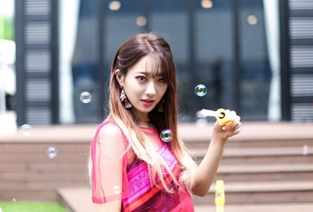 Kyung-Li