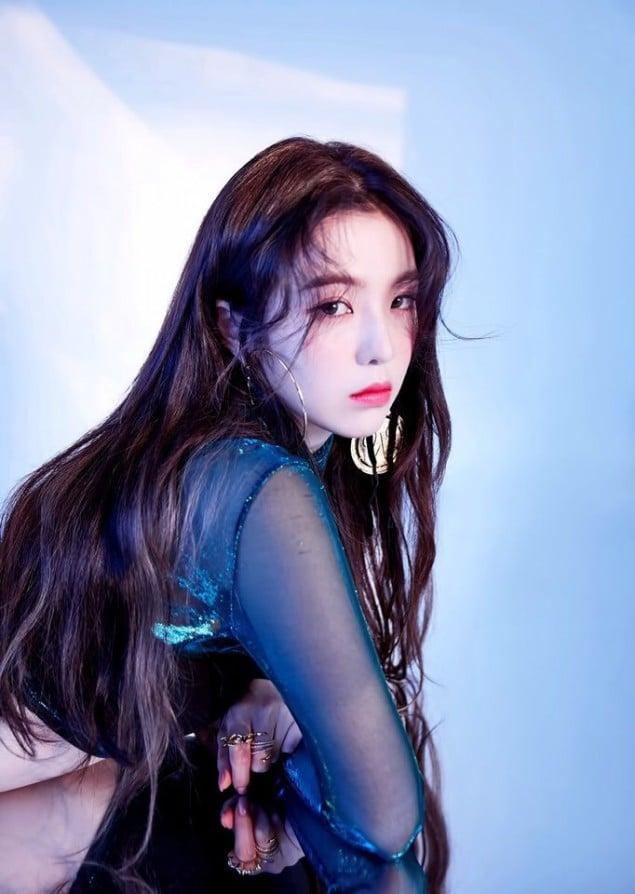 Netizens Select The Prettiest Member In Red Velvet, TWICE