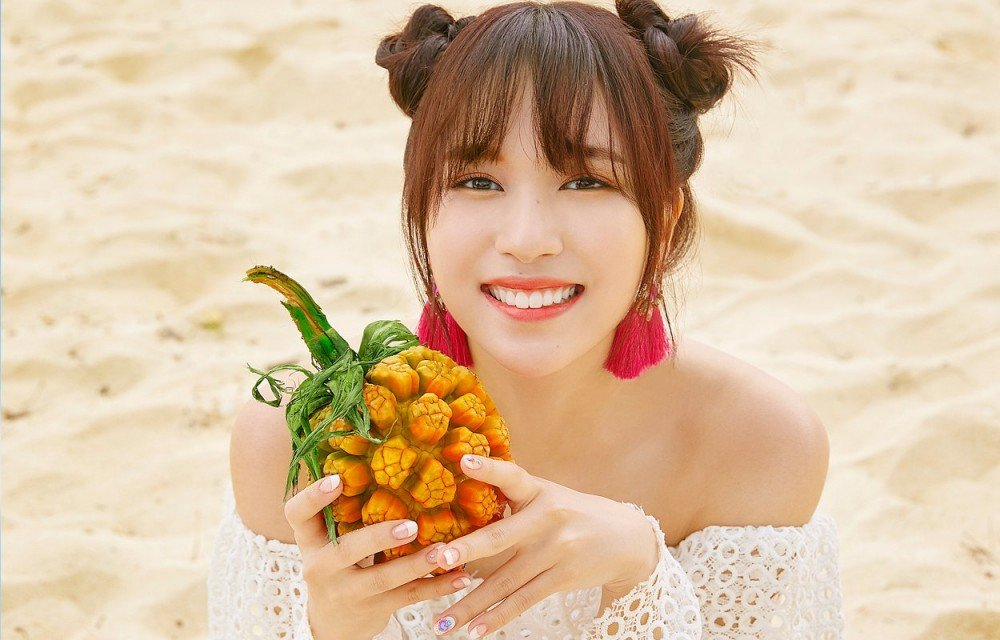 TWICE, Sana, Jihyo, Mina