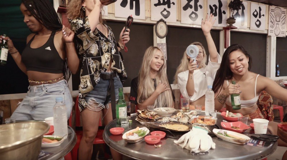 Hyorin and her dancers get tipsy and enjoy Korean BBQ ...