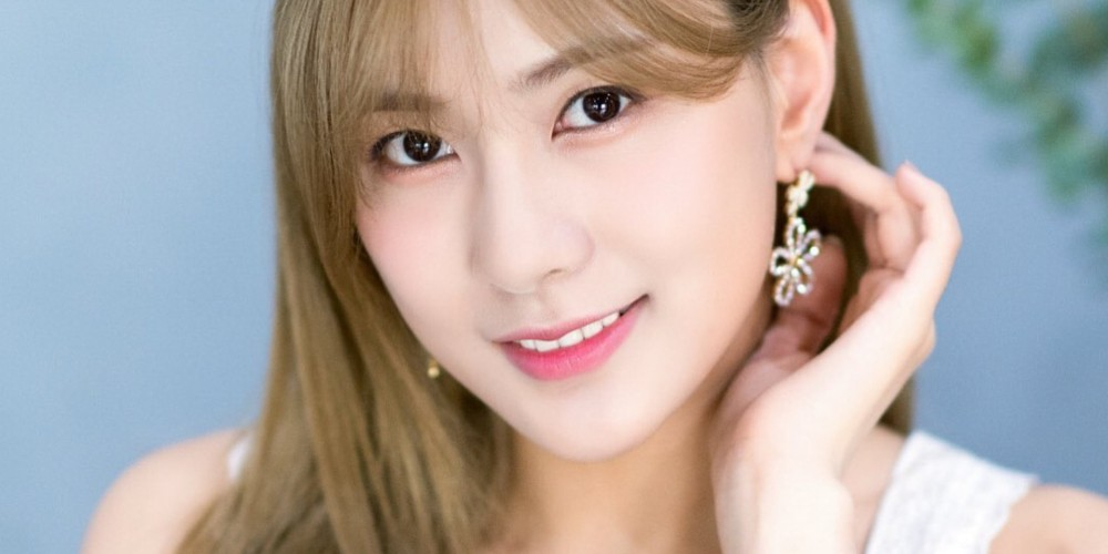Hayoung,red-velvet