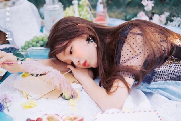 oh-my-girl_1535685763_4.jpg