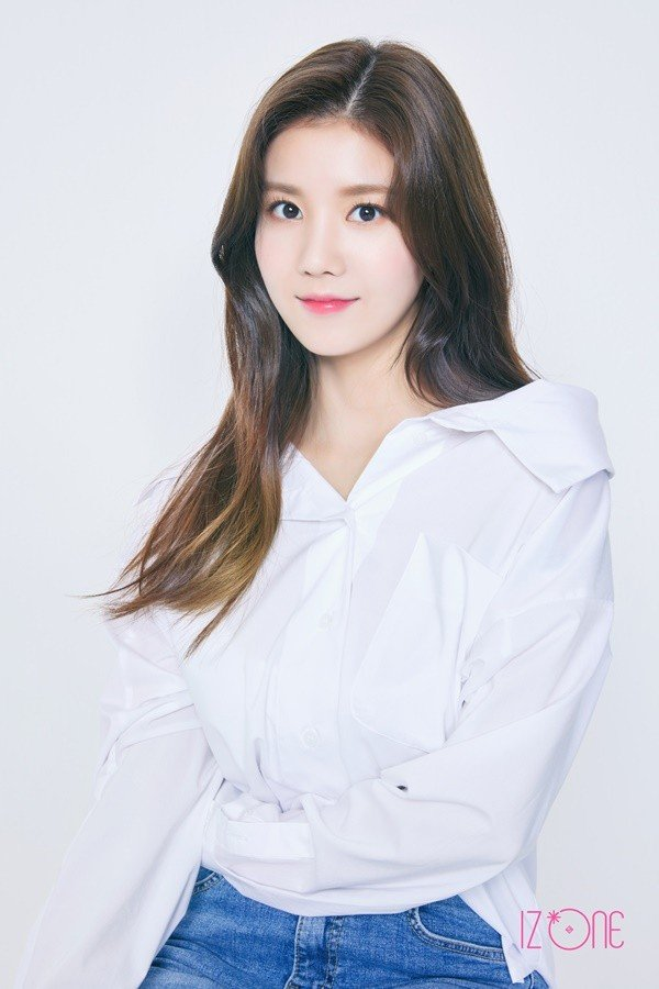 IZ*ONE drops profile images for Kwon Eun Bi, Kang Hye Won ...