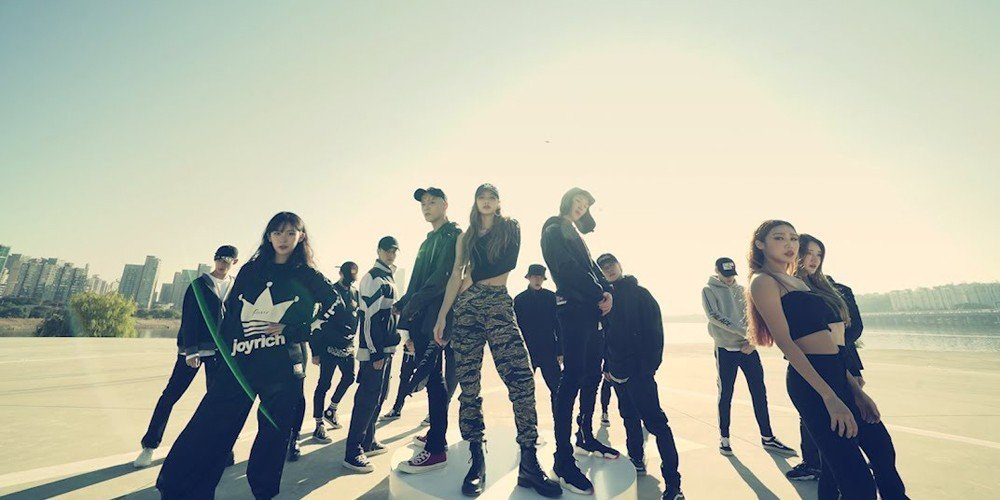 winner,lee-seung-hoon,ikon,donghyuk,black-pink,lisa