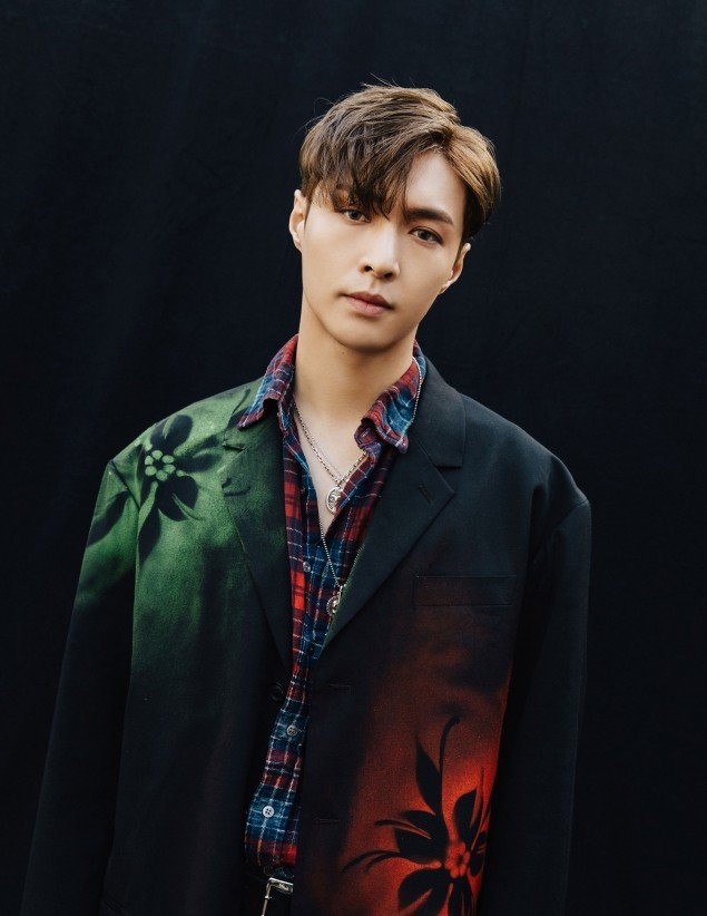 Exo Unveil Sensuous And Chic Teasers Of Lay For Don T Mess Up My