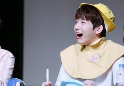 Minhyuk, V, Jimin, Jinyoung, Naeun, Minhyuk, Arin, Seunghee, Dowoon, Park Ji Hoon, Hwang Min Hyun