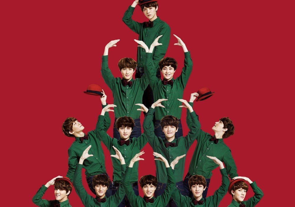 EXO's 2013 song 'First Snow' re-enters the charts on the day