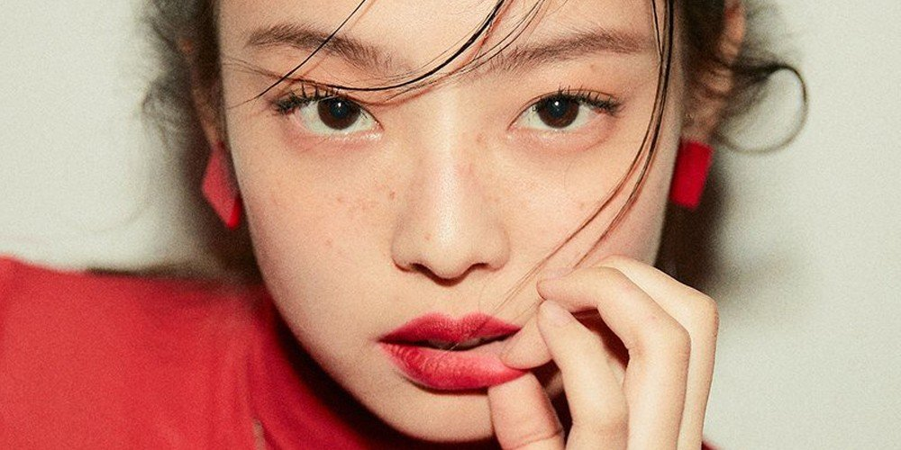 38c1f03f3e56 Black Pink's Jennie has just become the first ever K-Pop female solo artist  to top Billboard's World Digital Song Sales chart!