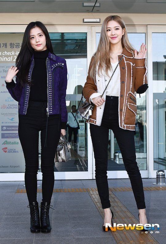 Netizens Jisoo And Rose Look Like Models At The Airport Allkpop