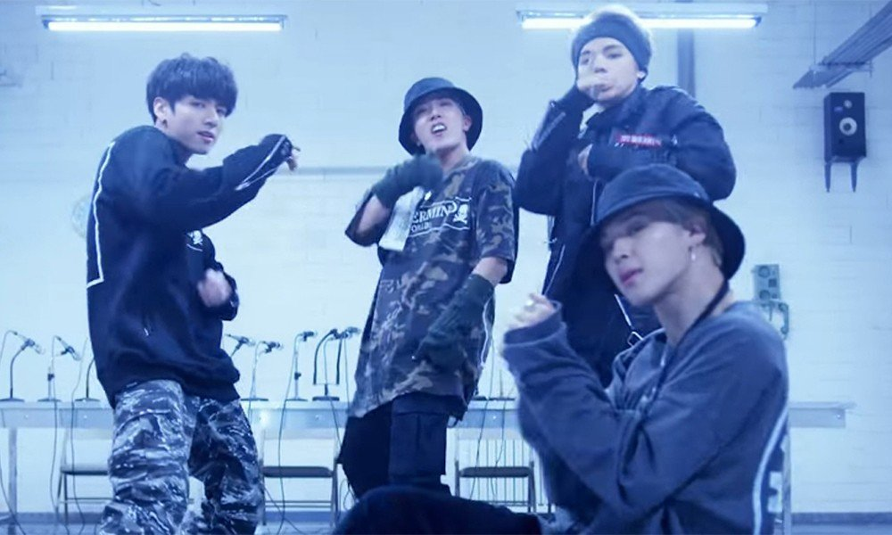 BTS's 'Mic Drop (Steve Aoki Remix)' MV surpasses 400 million views