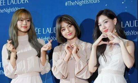 TWICE, Nayeon, Jihyo, Tzuyu