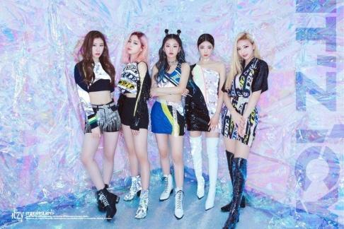 Hayoung, ITZY, IZ, Kwon Hyun Bin, Kisum, Red Velvet, The Boyz