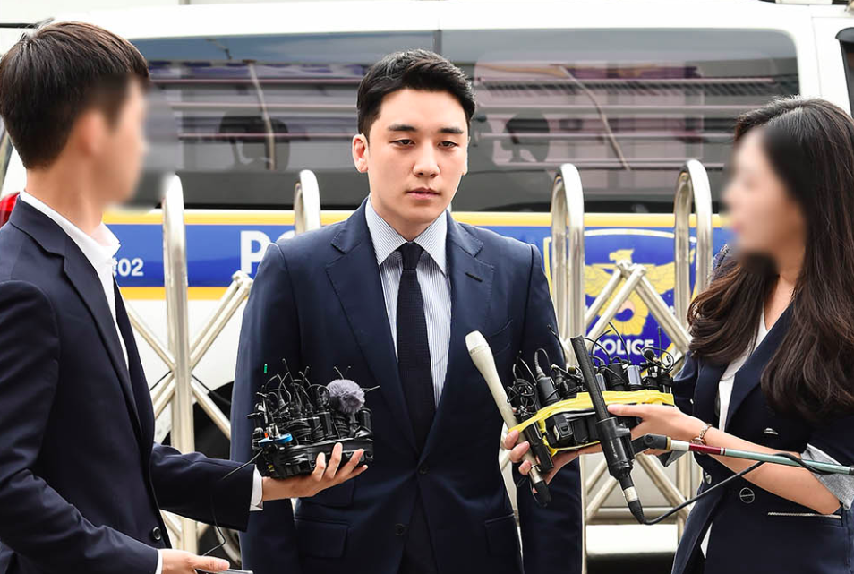 Seungri attends police summons looking haggard, states he'll diligently undergo investigation   allkpop