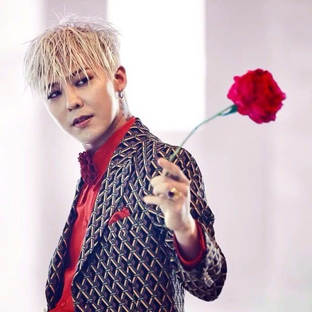 G-Dragon Reportedly Earned Over KRW 1.4 Billion from Royalties in the Past Year | allkpop