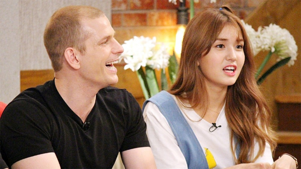 Jeon So Mi and her father to be on 'Laws of the Jungle' | allkpop